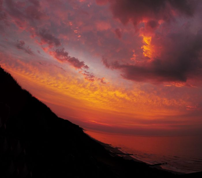 Sunset stitch cromer close up
